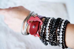 lip_r_wrist_blog